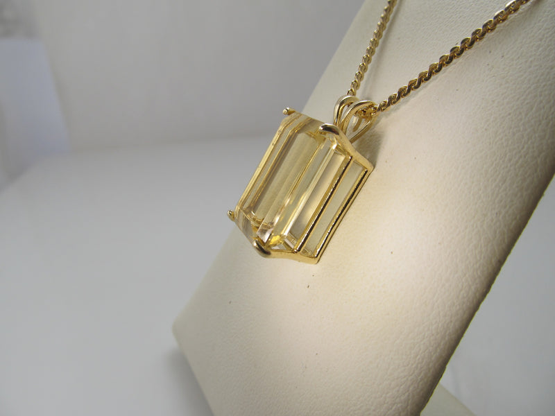 Sunny 12.50ct citrine necklace, 14k yellow gold