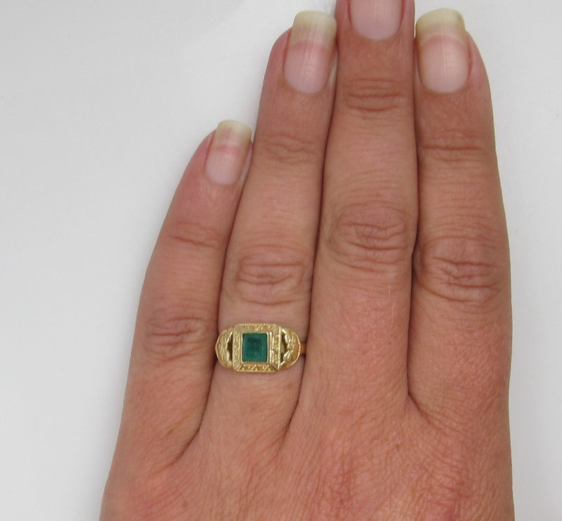 Vintage 18k Yellow Gold Ring With A .60ct Emerald, Circa 1930