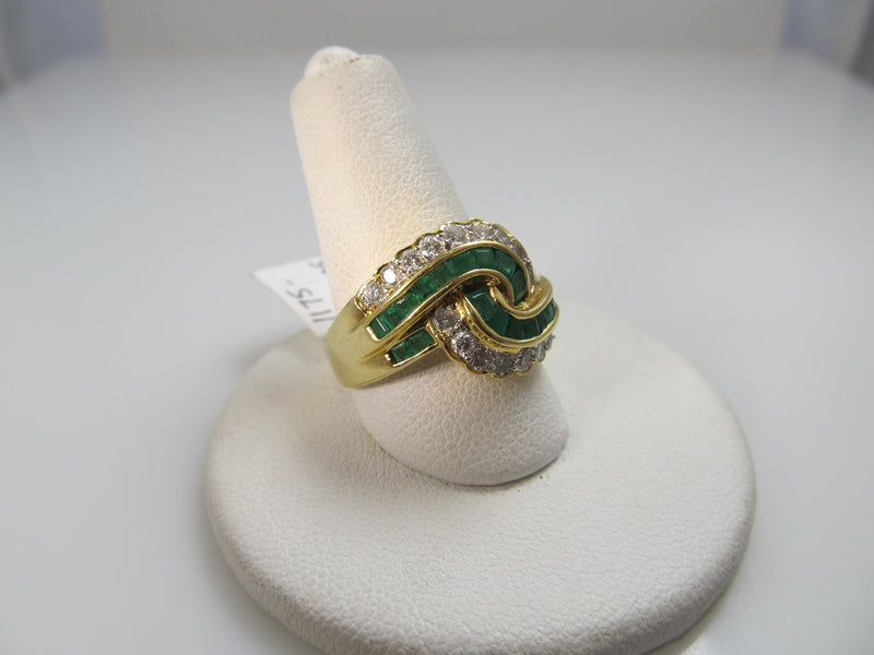 18k Yellow Gold Ring With .90cts In Diamonds And 1ct In Emeralds