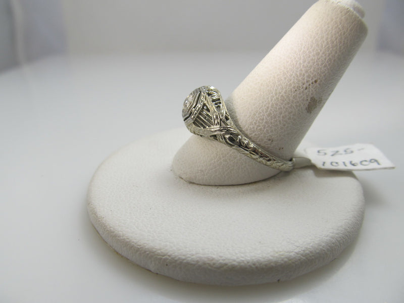 Antique 18k White Gold Filigree Ring With A .20ct Diamond. Circa 1920.