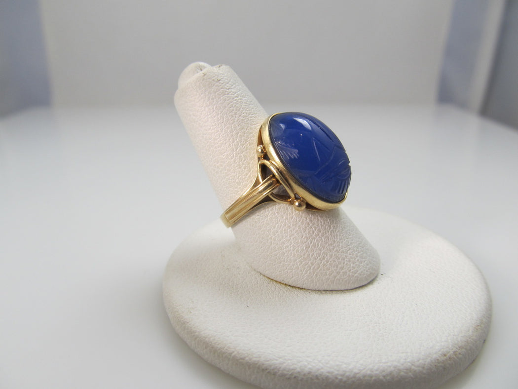 Vintage 10k Yellow Gold Ring With A Blue Chalcedony Scarab