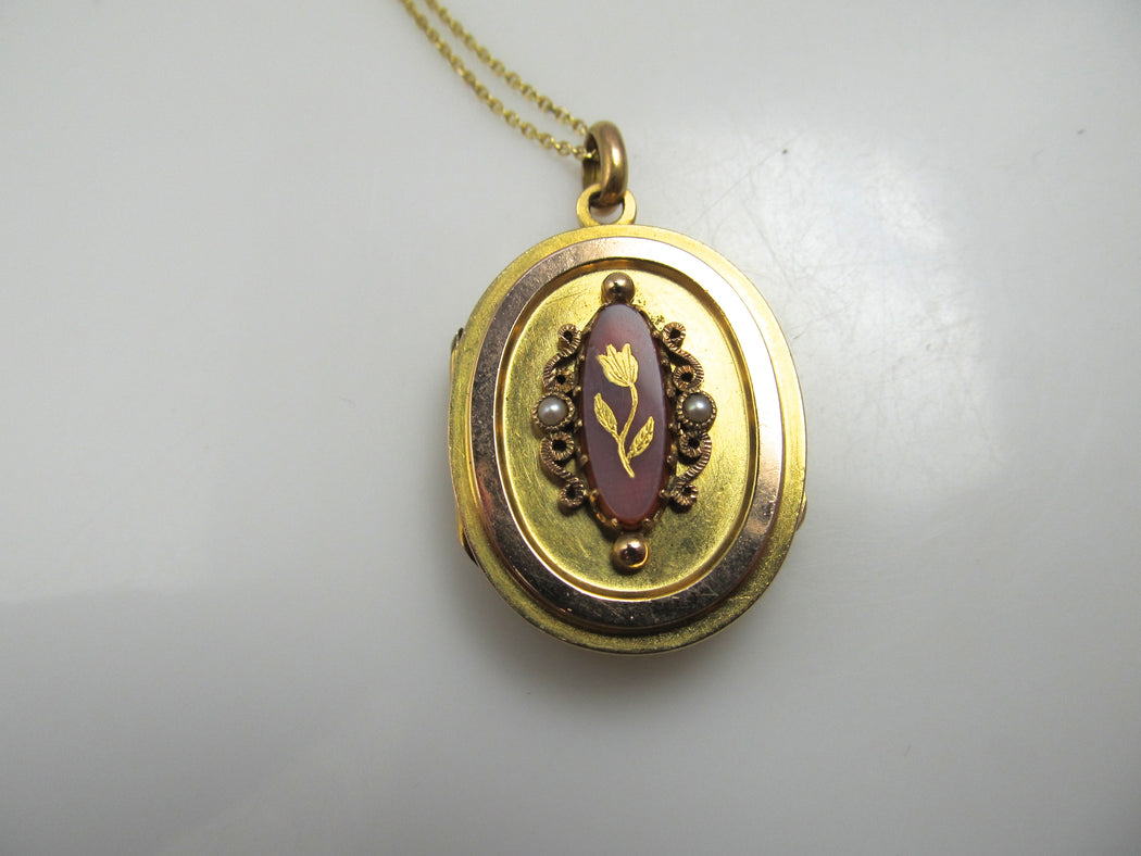 14k Yellow Gold Locket With Carnelian, Circa 1900
