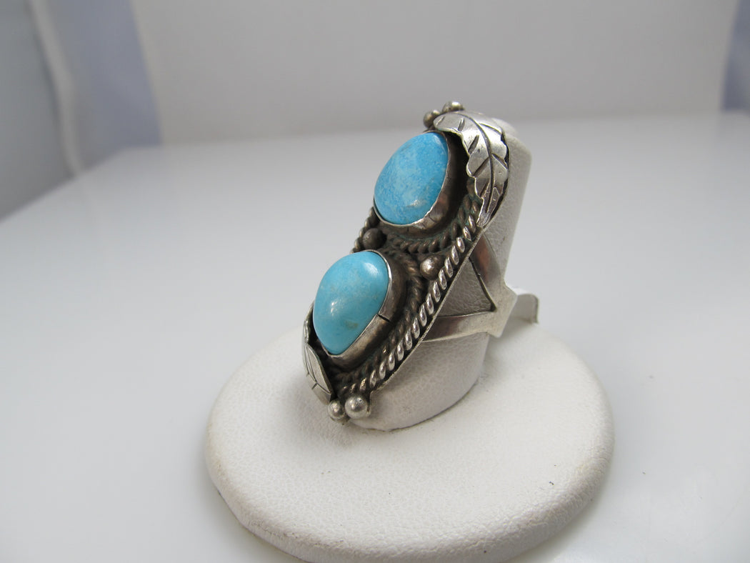 Vintage Navajo sterling silver ring with turquoise