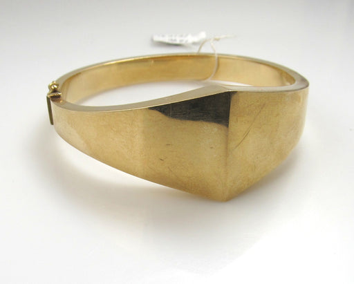 Vintage Modern 14k Yellow Gold Bangle Bracelet
