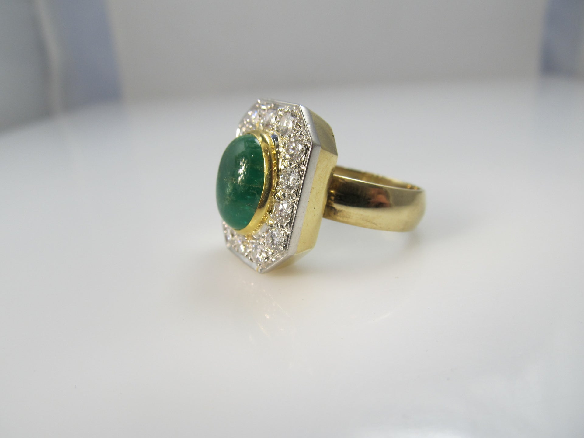 18k 2.50ct Cabochon Cut Emerald, 1.40ct Diamond Ring