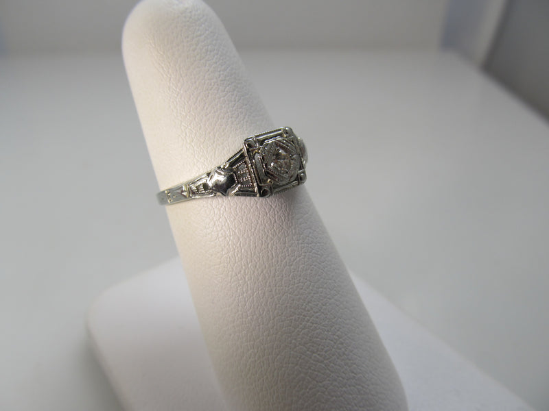 Antique filigree diamond ring, circa 1920