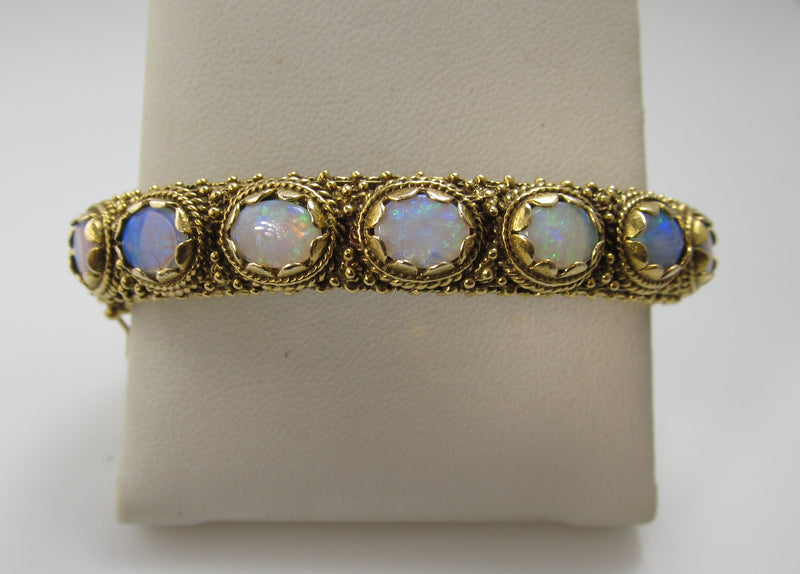 Vintage 4.00ct opal bangle bracelet, 14k yellow gold