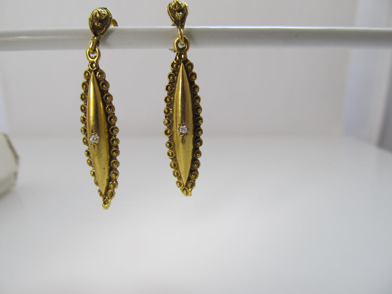 Vintage yellow gold drop earrings