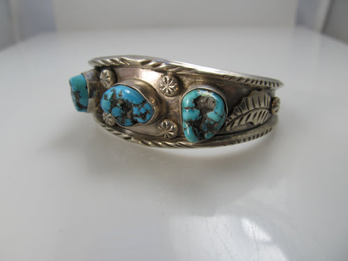 Vintage 3 stone sterling silver turquoise cuff bracelet