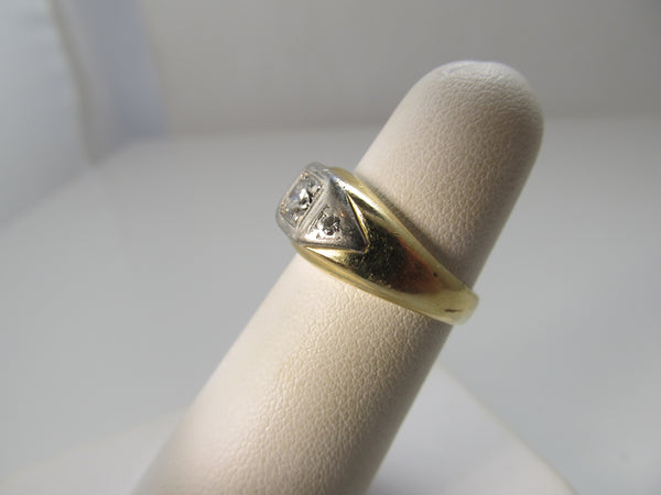Vintage yellow gold flush set diamond ring