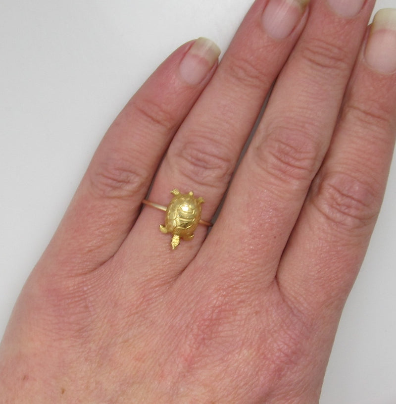 Antique turtle ring with ruby eyes, 14k yellow gold, circa 1910