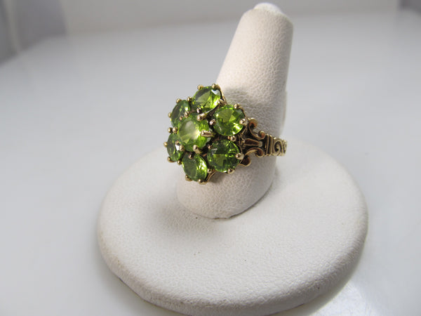 14k gold ring a peridot cluster top