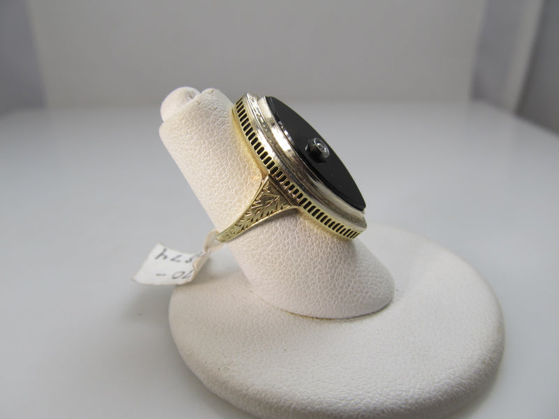 Vintage 1920's 14k yellow gold onyx diamond ring