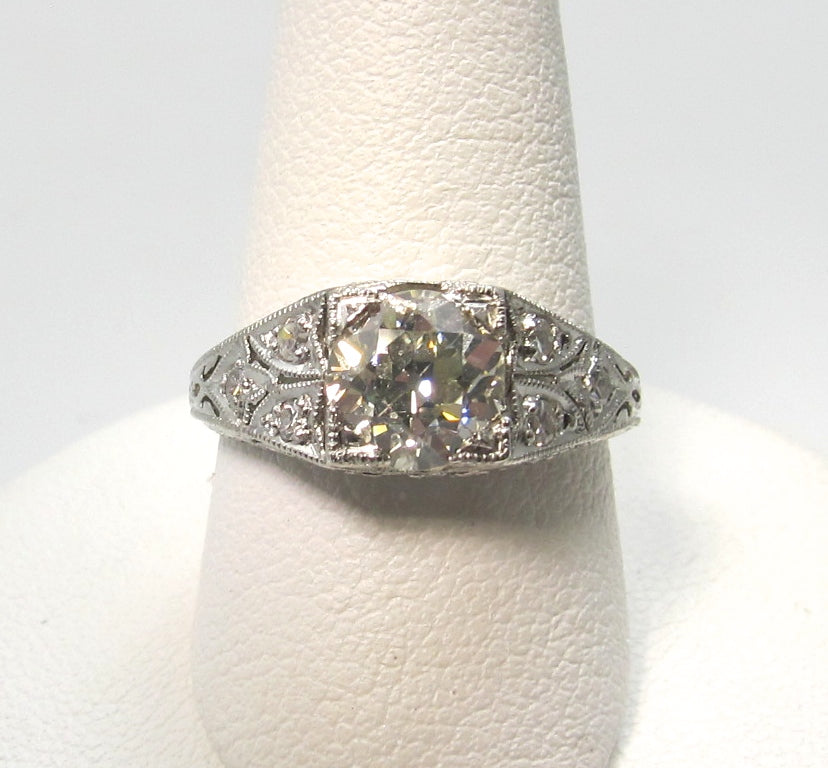Art Deco platinum diamond engagement ring, 1.17cts