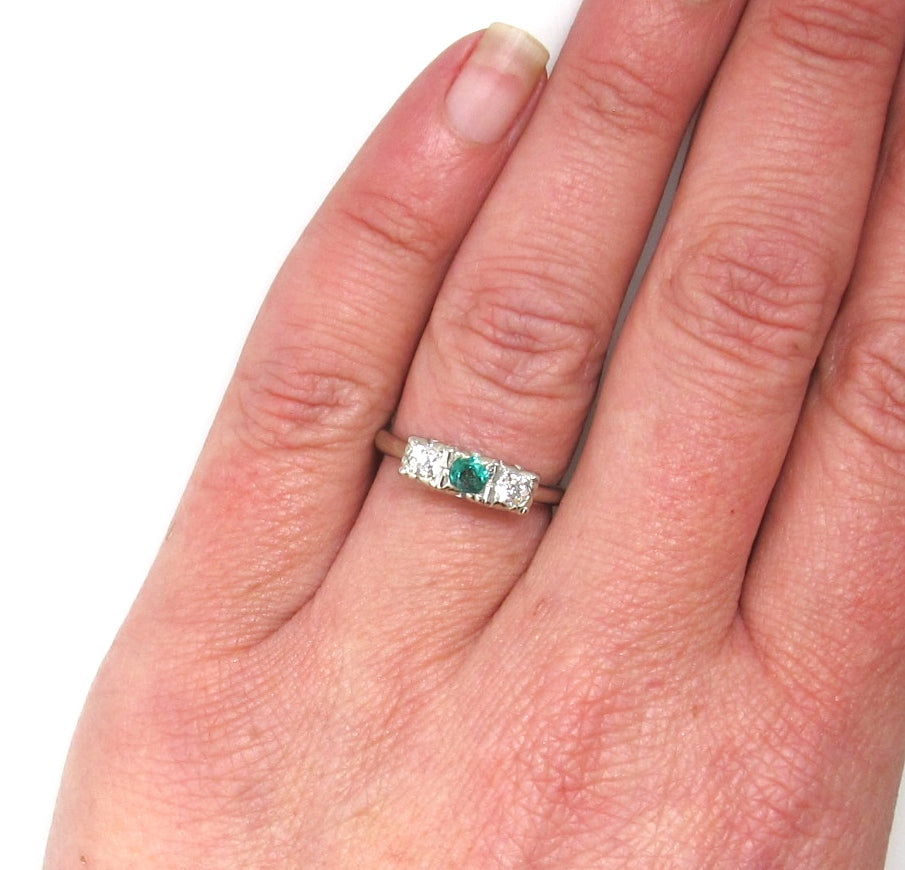 Vintage 14k white gold emerald and diamond ring