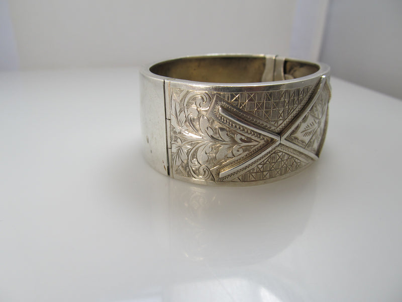 Dated 1908 antique sterling silver bangle bracelet