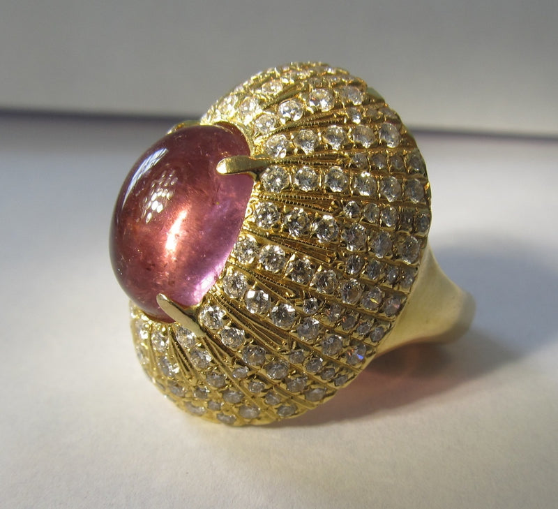 18k yellow gold ring with an 8ct pink tourmaline and 2cts in diamonds, VS1-2 F-G