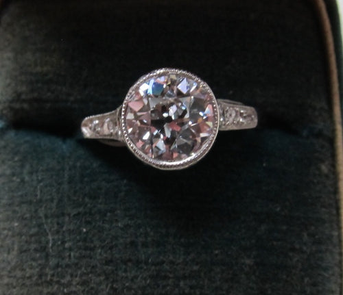 Platinum Ring With A 1.40ct Center Oec Diamond, Si1 G-h. Circa 1920.