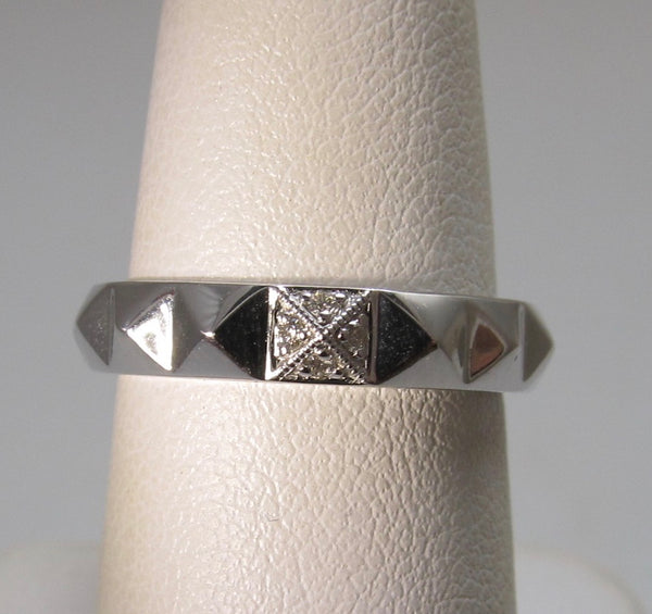Gabriel & Co white gold diamond