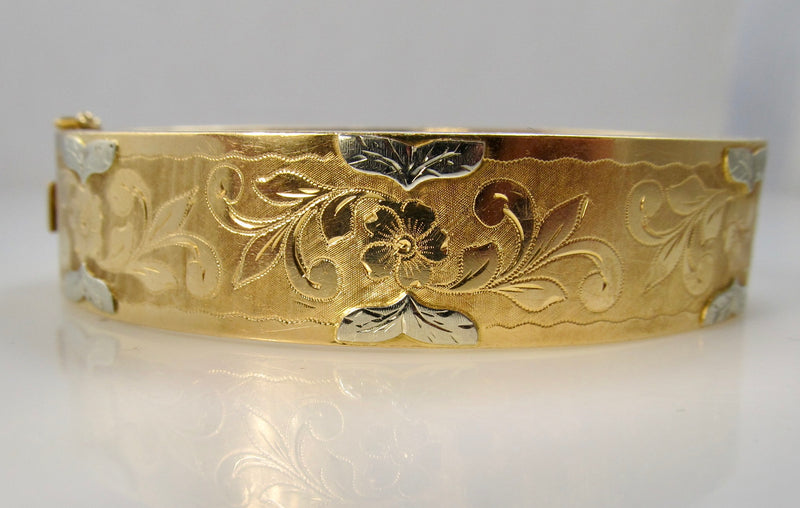 Vintage hand engraved 18k bangle bracelet