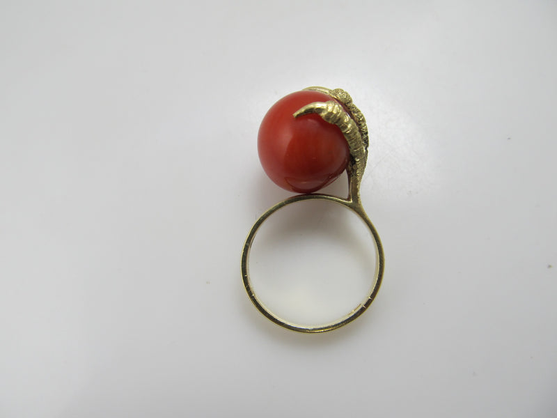 Vintage claw ring with coral