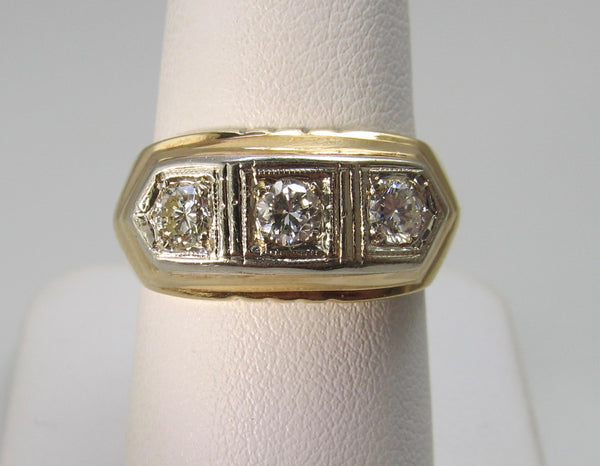 Vintage yellow gold 3 stone diamond ring