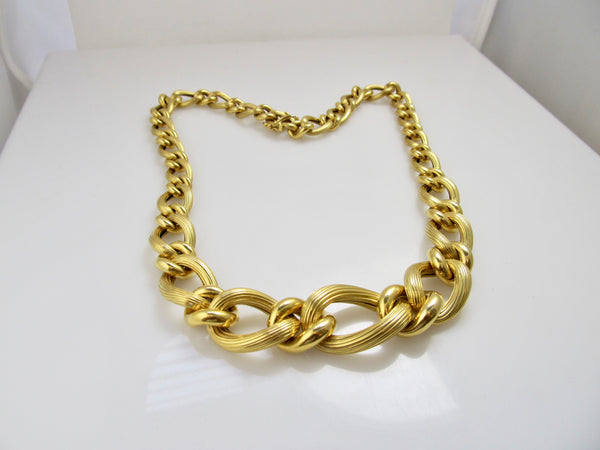 Modern 14k textured chain necklace