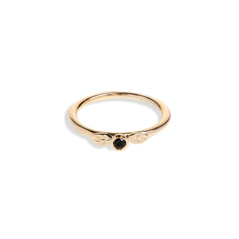 Yellow Gold Two Leaf Ring With Black Diamond