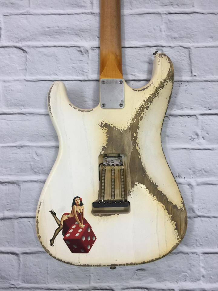 Fraser Guitars : CSS White Pinup HSS Heavy Relic Ash 60s : Retro Vintage Custom Aged S-Style Guitar