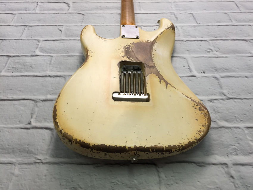 Fraser Guitars : CSS White HSS Medium Relic Ash 60s : Retro Vintage Custom Aged S-Style Guitar