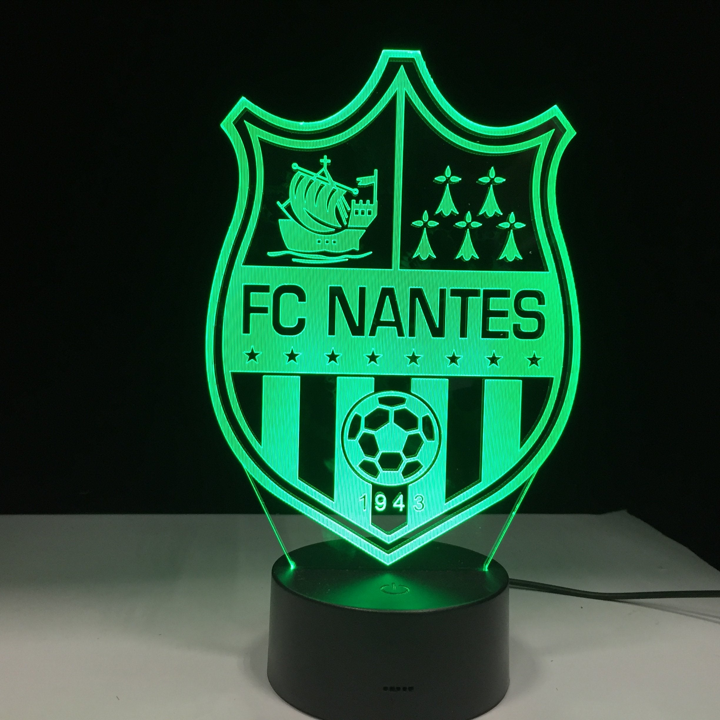 veilleuse effet 3d football club de nantes france football