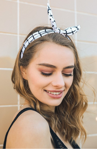 Grid Headband with Wired Bow