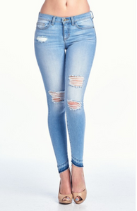 Distressed Knee Ankle detail skinny