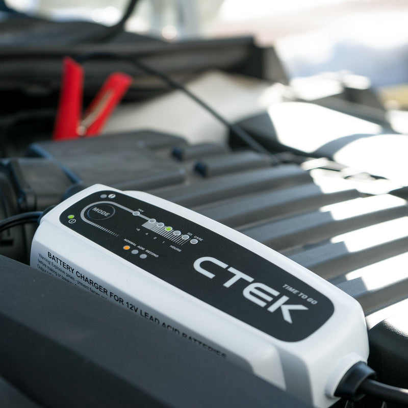 CTEK CT5 Time To Go 12v Car 4x4 Van Automatic Smart Battery Charger & Maintainer