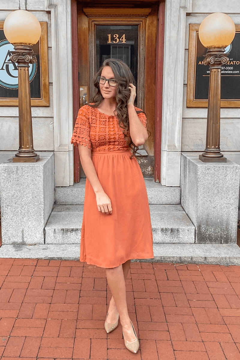 Julia Lace Dress (Apricot)