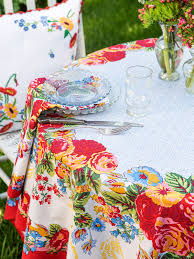 April Cornell Marion Tablecloth-White/Multi