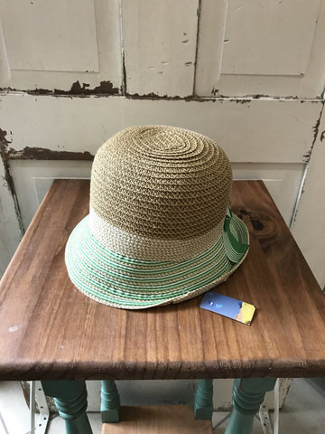 Facinie Hat-TT DM Profile with Bucket-Natural/Lime