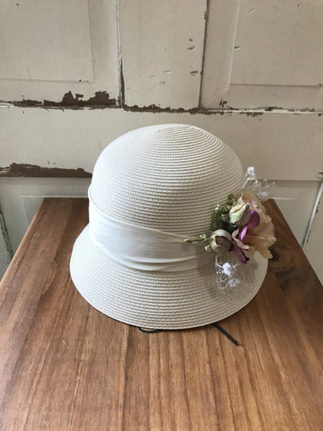 Facinie Hat-MPP Dome Cluster Flower-Ivory/Multi