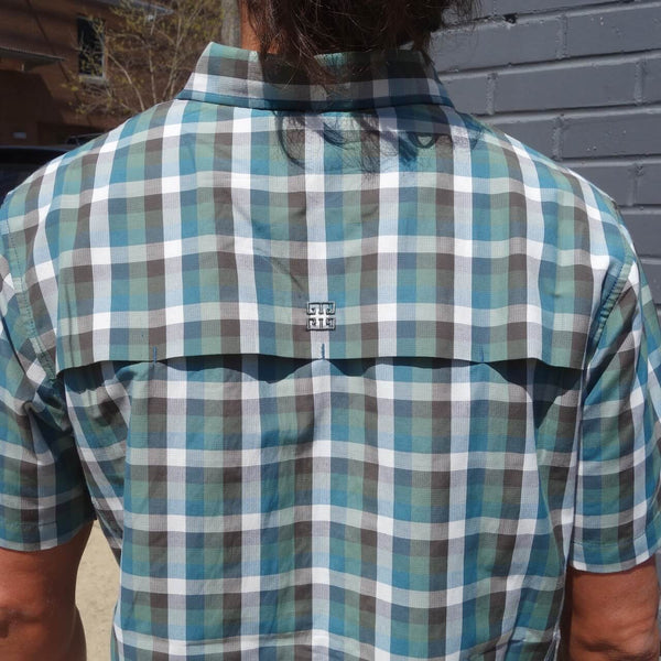 Men's Shirt With Mesh Panel in Back with Air Vents