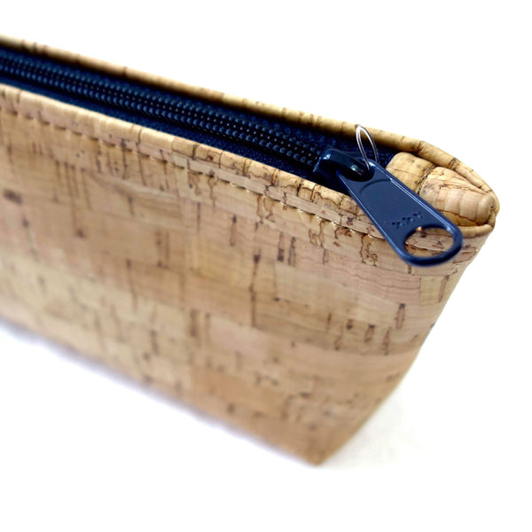 Medium Cork Pouch