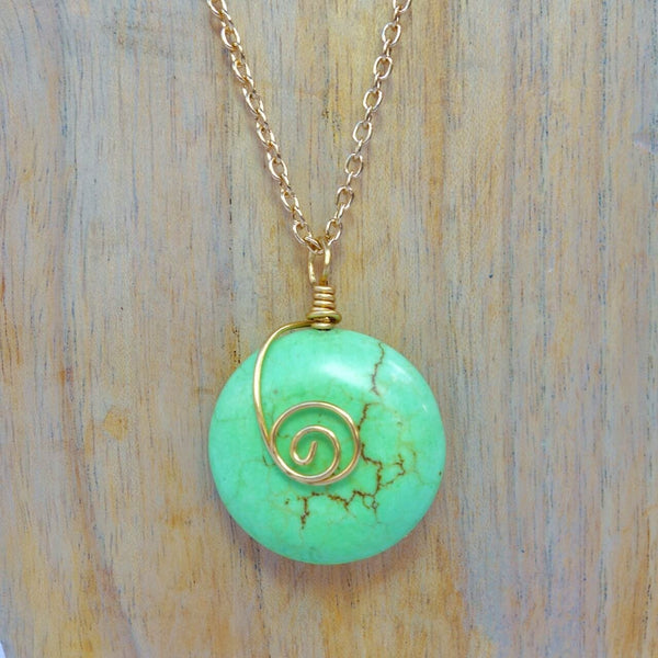 Green Magnasite Pendant Necklace
