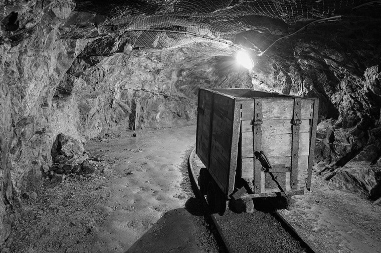 DIGGING INTO MINING IN AMERICA