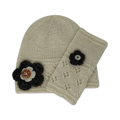 Cloche Hat and Wristwarmers