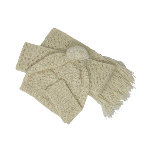 Ali's Crochet Mitts, Hat and Scarf collection