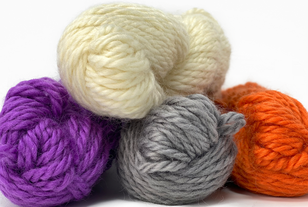 Natural (undyed) Bulky Wool 100g (3.52 oz): Rare Breed Wensleydale and Bluefaced Leicester