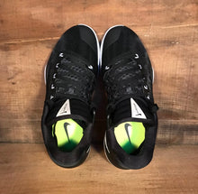 Nike Hyperdunk Low Men's 8.5