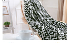Load image into Gallery viewer, Plaid Knitted Blanket