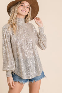 THE TWINKLING TURTLE-NECK TOP