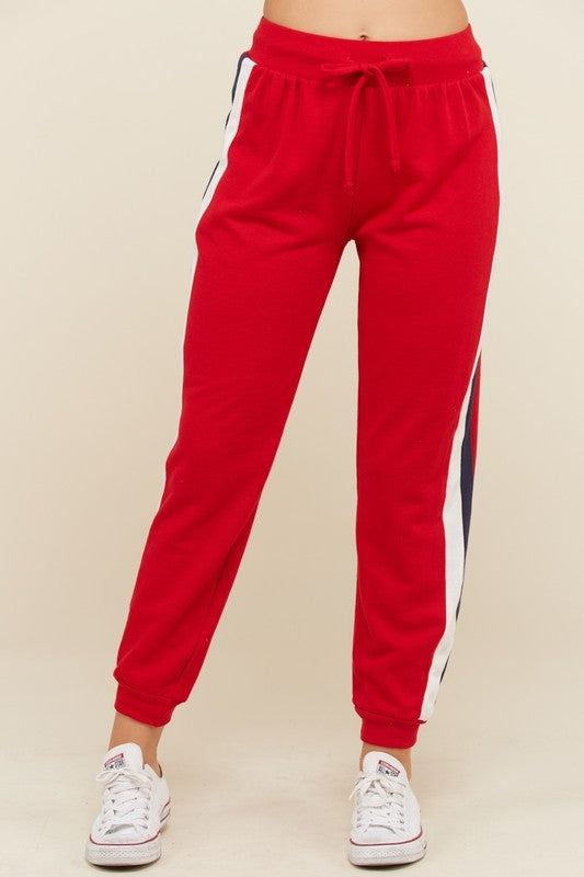 THE HAPPY GLAMPER JOGGERS - RED