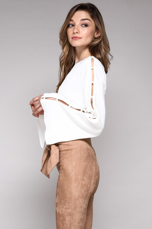 THE PRECIOUS PEARL SLEEVE TOP